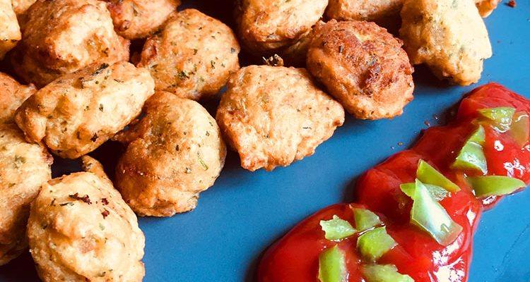 Beignets de Pois Chiches et Sauce Ketchup Piquante (Djibouti)