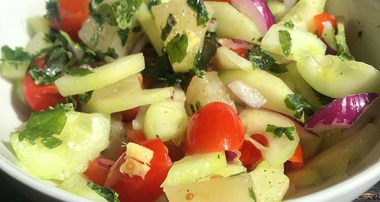 Salade d'Ananas et Concombre (Saint Christophe et Niévès)